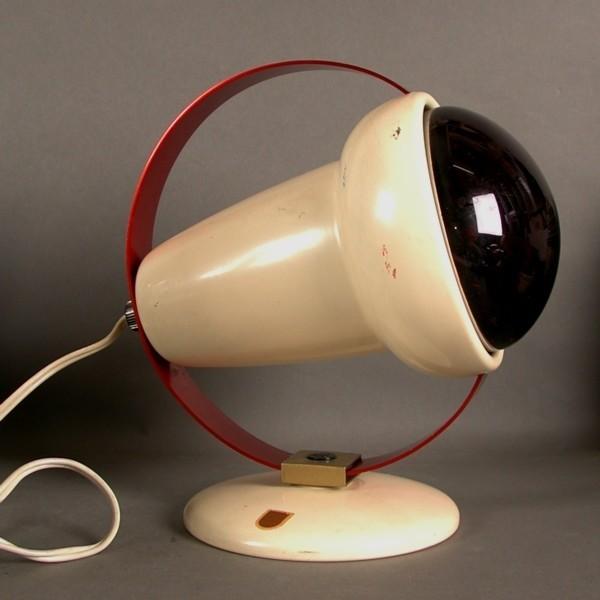 Rotlichtlampe. Charlotte...
