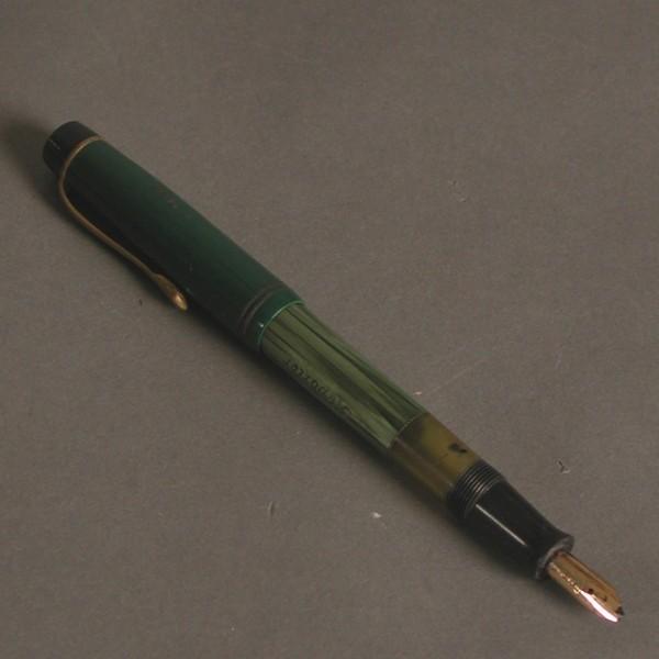 Fountain pen. Reporter....