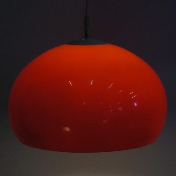 Vintage. Plastic pendant...