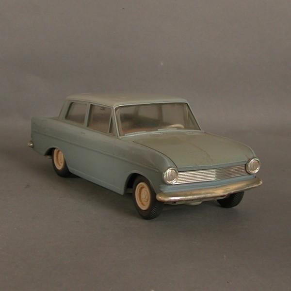 Gama. Gama. Opel Kadett....