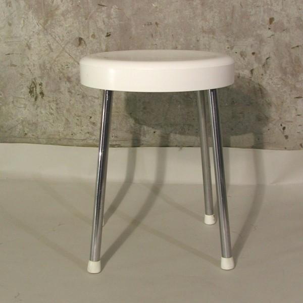 Plastic stool. Brevettato....