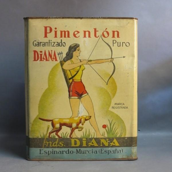 Caja de chapa. Diana...