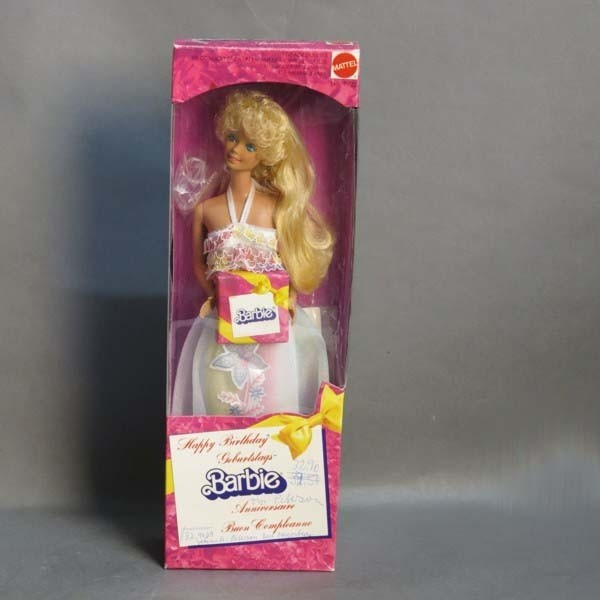 NRFB. Barbie Happy...