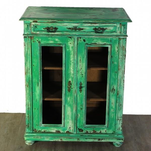 Display cabinet / Vertiko...