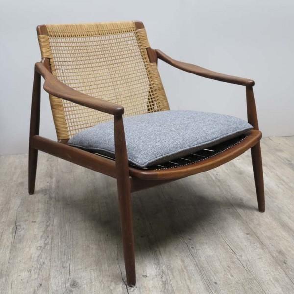 Armchair from Hartmut...