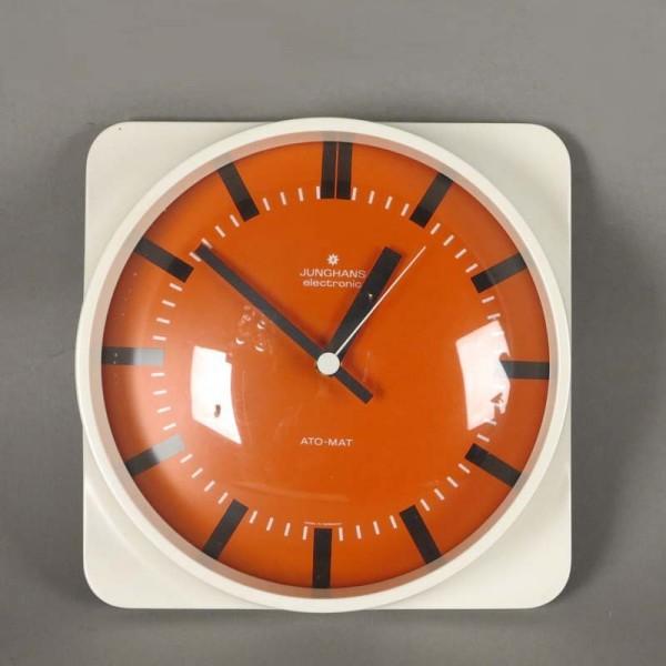 Reloj de pared de Junghans...