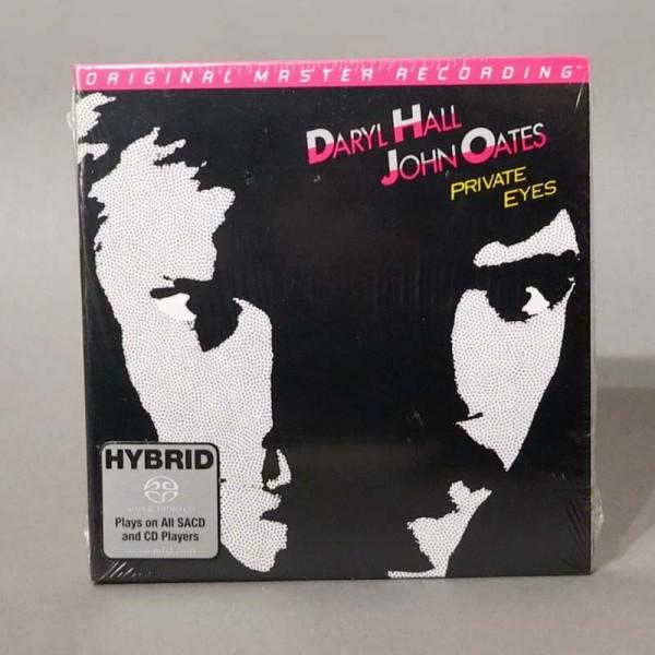 Daryl Hall, John Oates –...