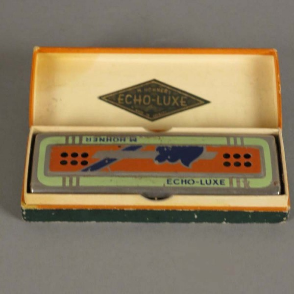 Antigua armonica Hohner...