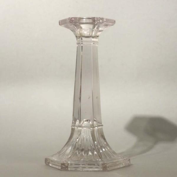 Candelabro de cristal. 1900...